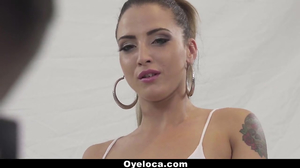Oyeloca- Hot Latina Model Fucks Photographer