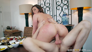Young Jordi fucks hot MILF Kendra Lust in thrilling positions