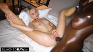 Sexy white blondie loves to suck a BBC outdoor